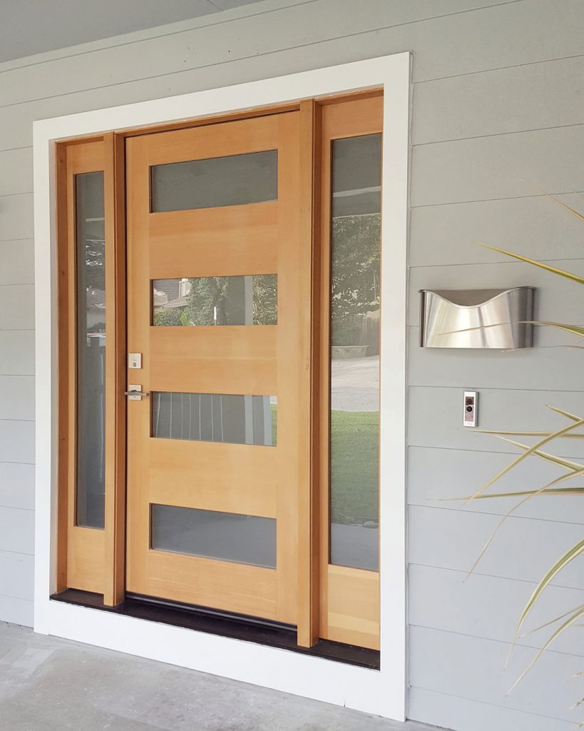 Modern Entrance With Custom Door
