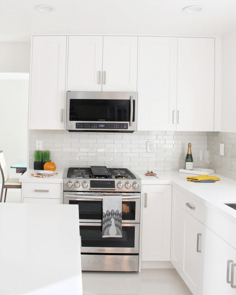 Classic Timeless Modern Contemporary Kitchen