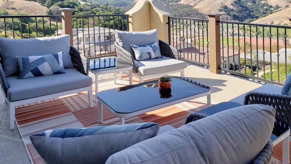 SF Bay Area Interior Designer. Outdoor Design Modern Style. East Bay Home. Orinda, California.